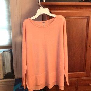 Lightweight long sleeved sweater